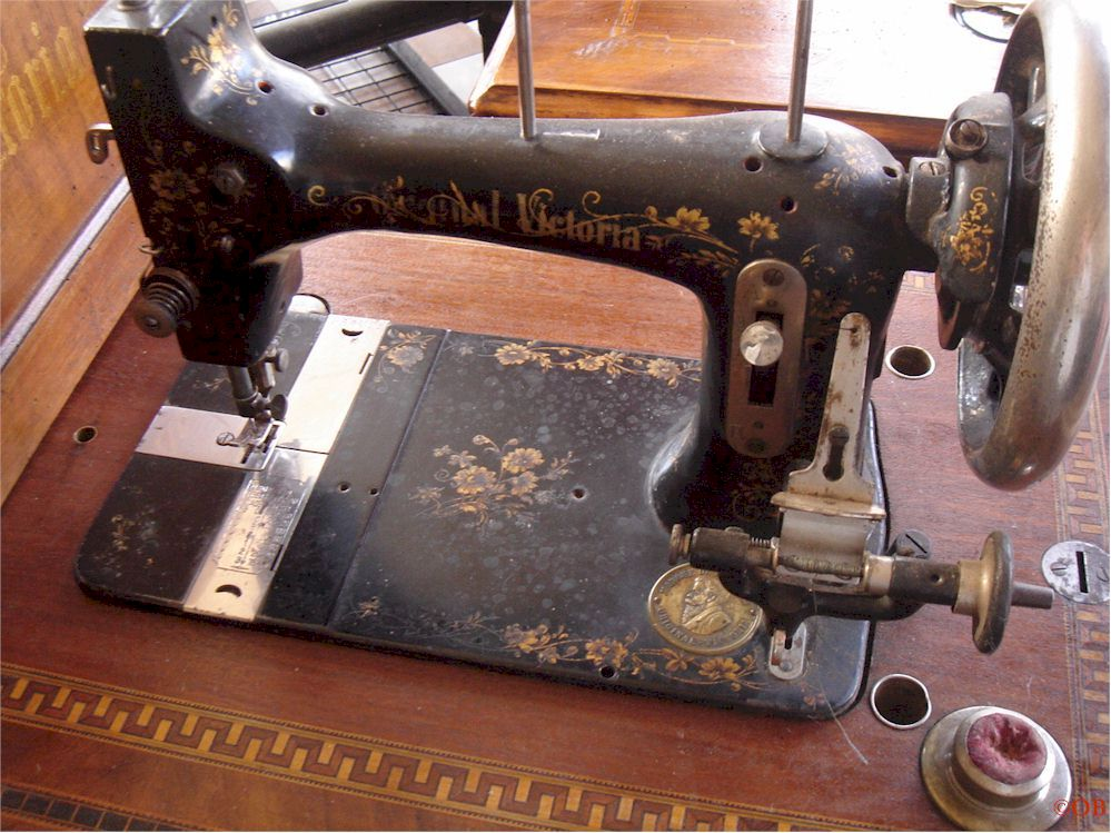 Forum de la machine coudre ancienne forum g n ral for Machine a coudre victoria